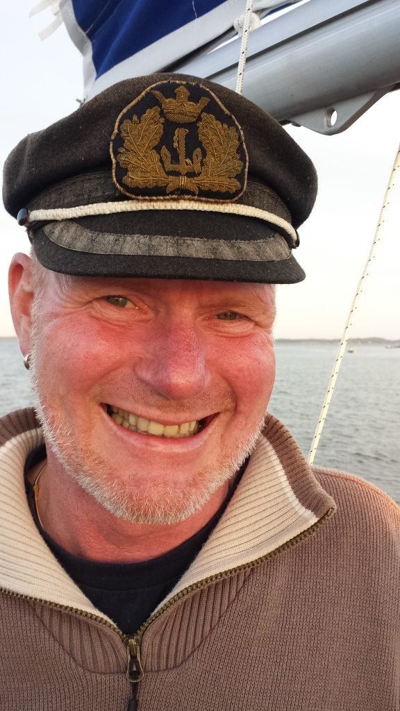 """Sjøulken Robert skal være vår """"handy-man"""" i Storgata. Og nok en gang skal han være med over Atlanteren."""