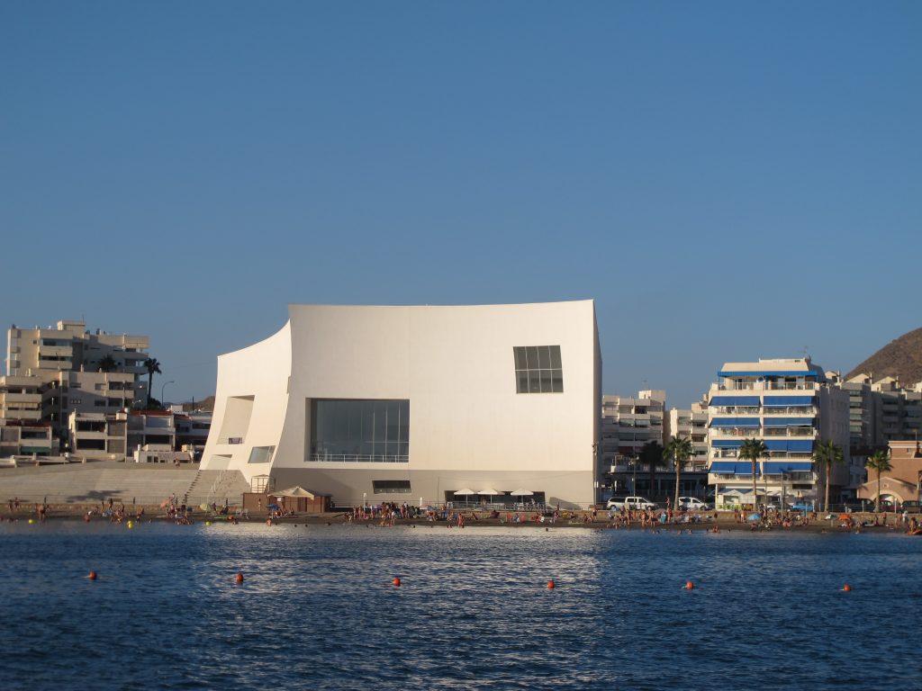 Det spesielle kommunehuset i Puerto de Aguilas
