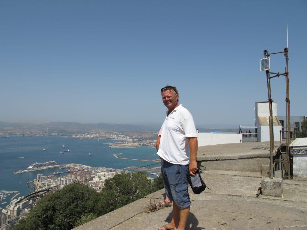 Utsikten fra toppen av klippen er formidabel.
