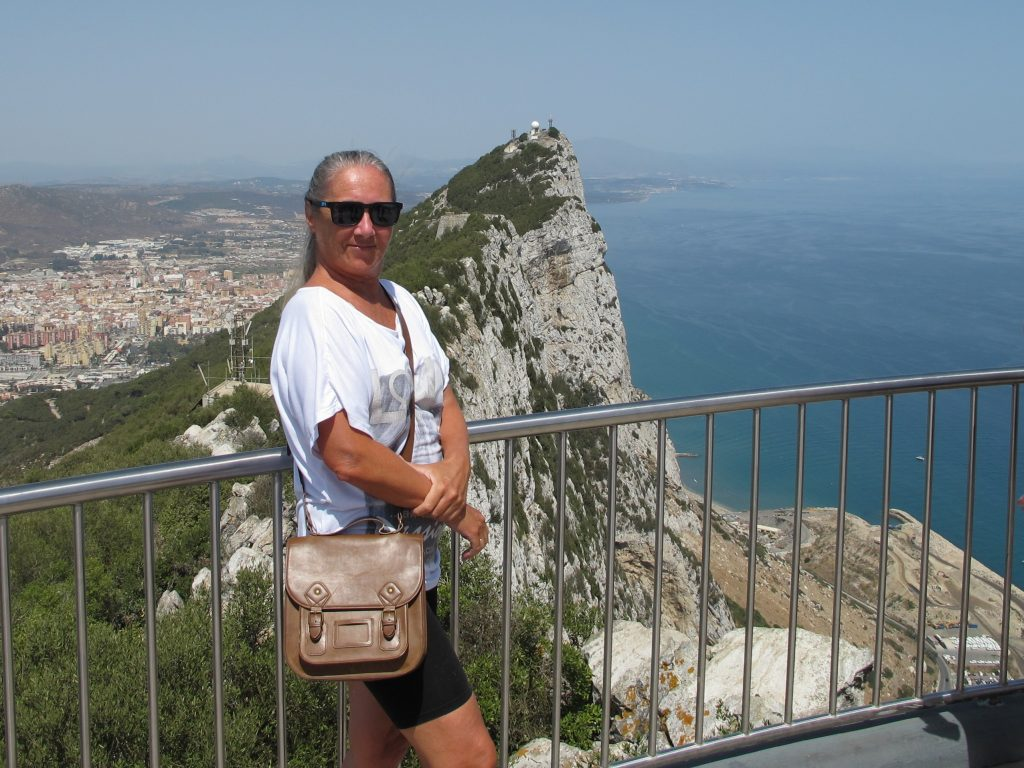Vel, har man først vært på Gibraltarklippen, så må man nyte utsikten.