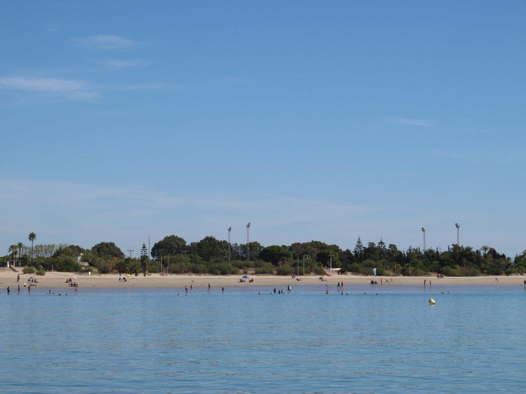 Det er en deilig strand her også.