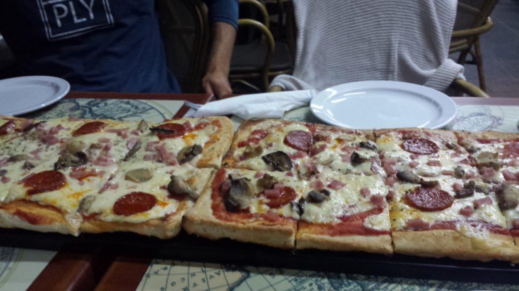 En helt fantastisk deilig pizza.