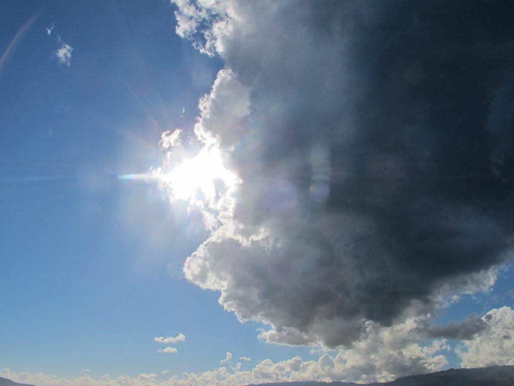 Da møtte vi på denne skyen.