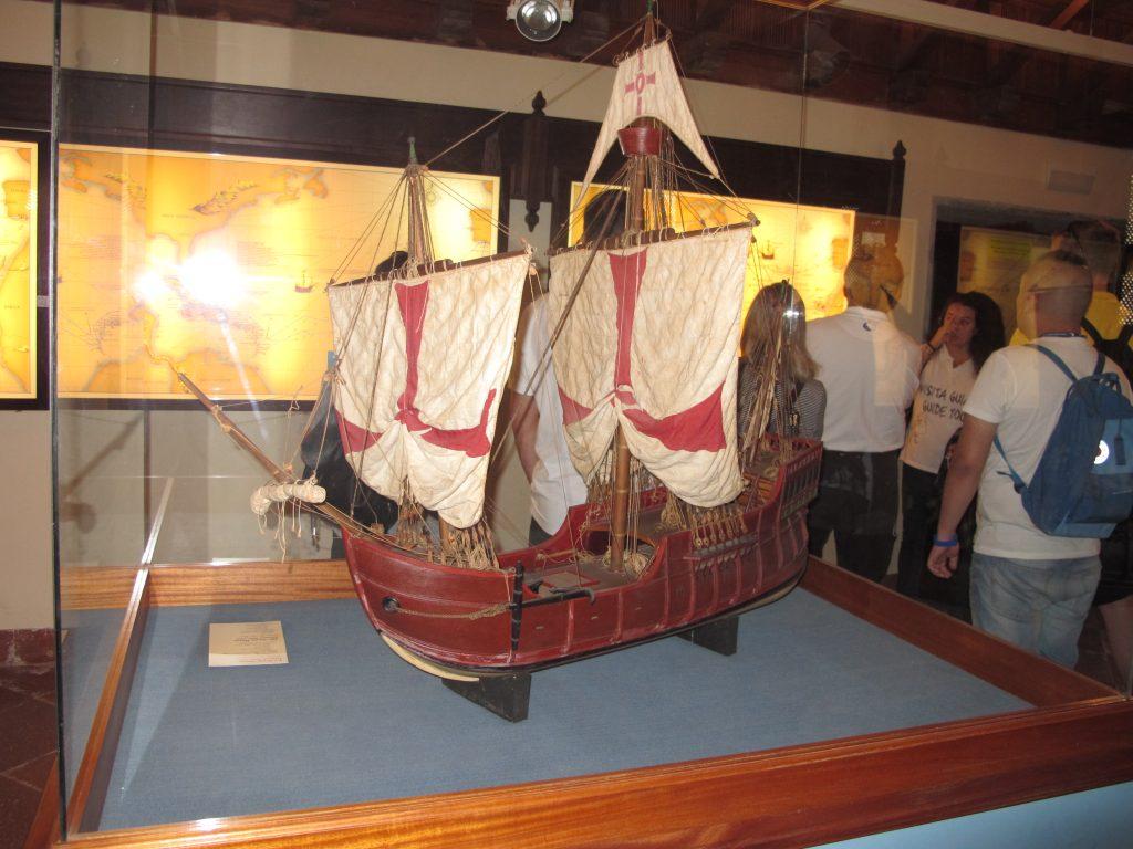 En kopi av ett av Colombus' skip.