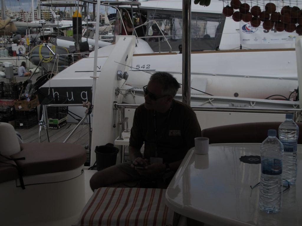 Seilas journalisten kom ombord og fikk oss til å tenke på andre ting en liten stund.