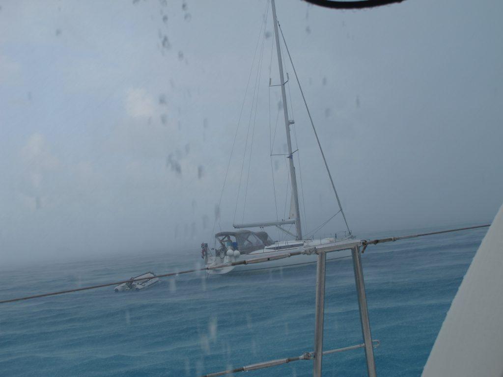 """Nærmeste nabo """"Seas the Day"""" kan vi nesten ikke se i regneværet."""