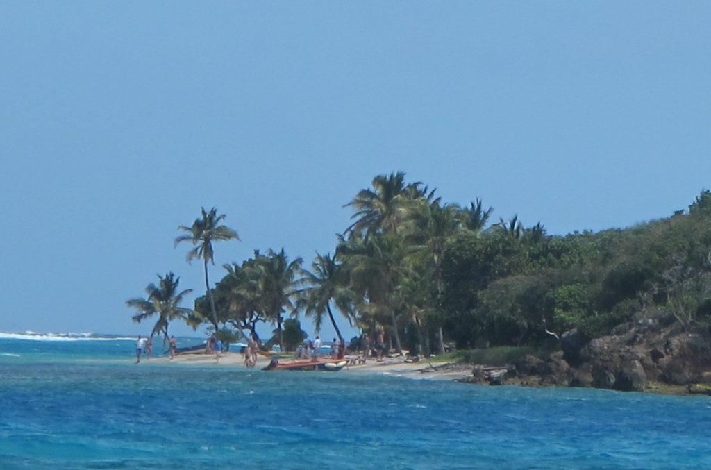 Bye bye Tobago Cays.