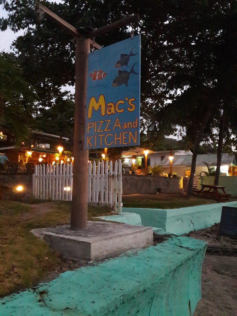 """Så er vi fremme ved bestemmelsesstedet. """"Mack's"""". Vi håper at Hanne og Rikke liker det like godt som oss."""