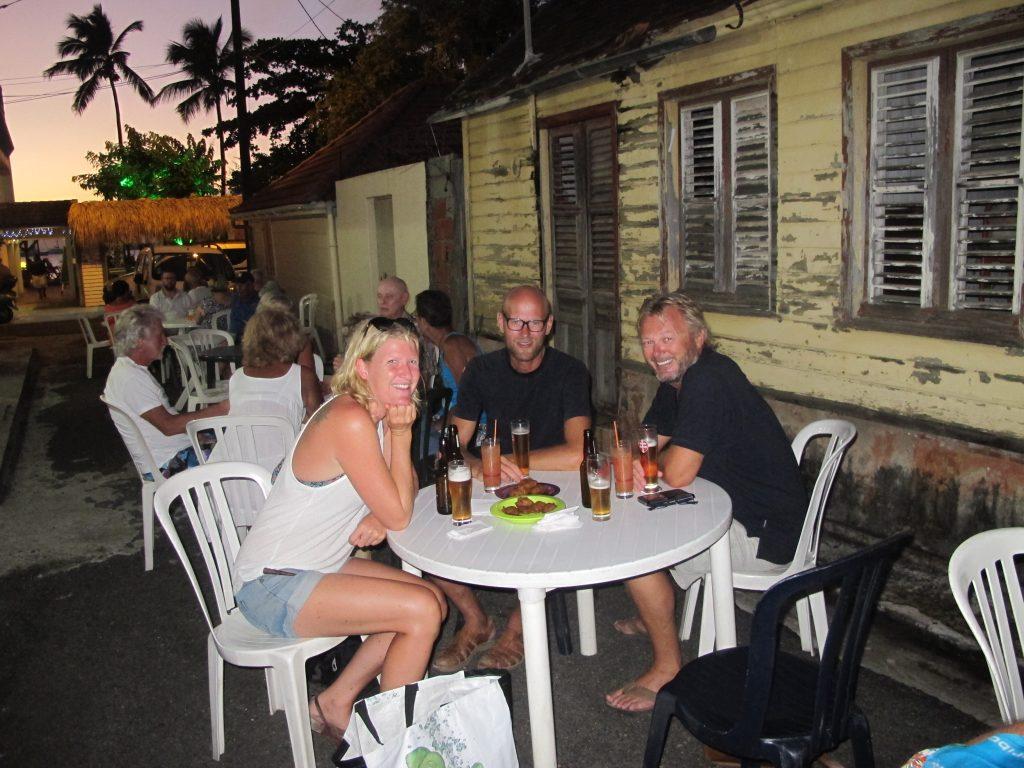 En kjempehyggelig tidlig kveld med Eirin og Jacob. Gatelangs i Ste. Anne.